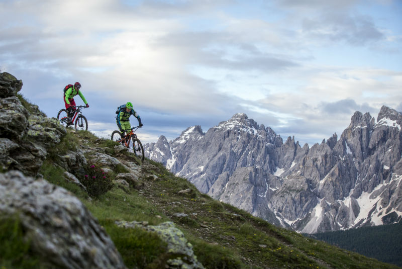 Due ciclisti allo Stoneman Trail