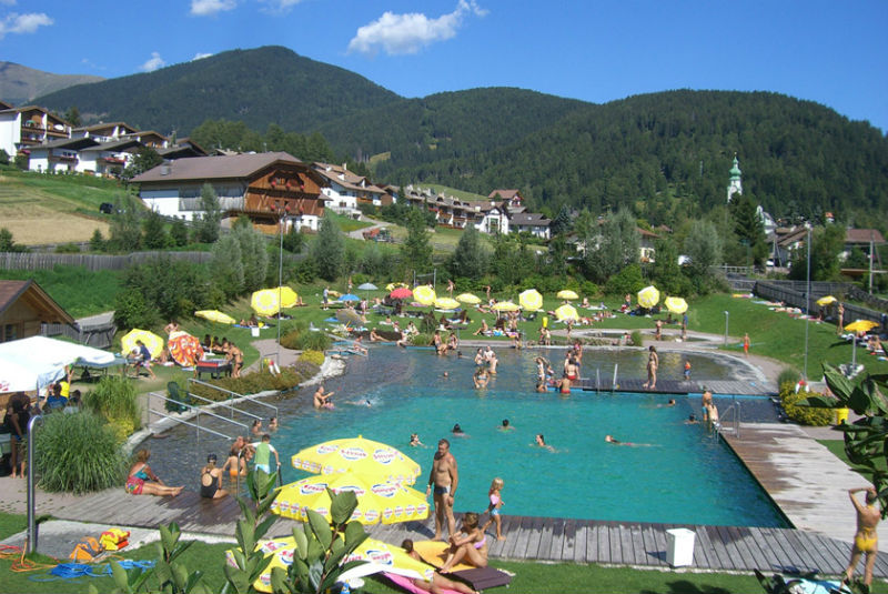swimmingpool in Dobbiaco
